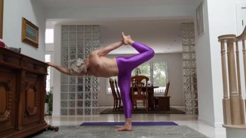 Yoga Dandayamana Dhanurasan 13 Dec 2019